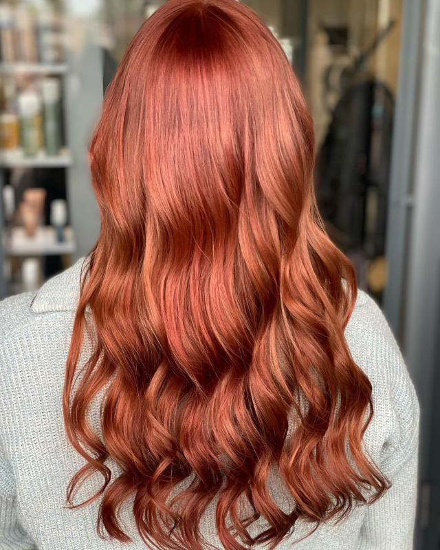 Ihana ja rohkea nuori neiti sai eilen muutosta hiuksiin 🧡 -Marika  #newhair #newcolor #afterandbefore #autumncolors  #parturikampaamo #hiusshop #tuusula